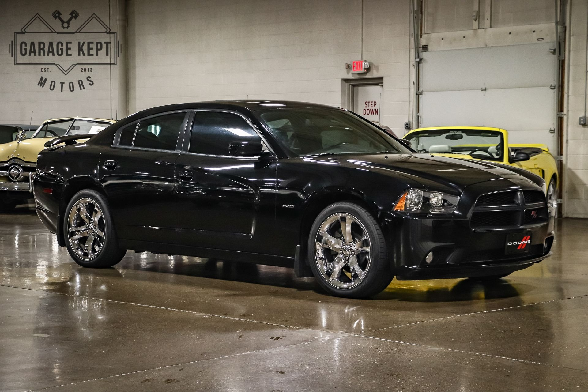 2011 dodge charger r t road track