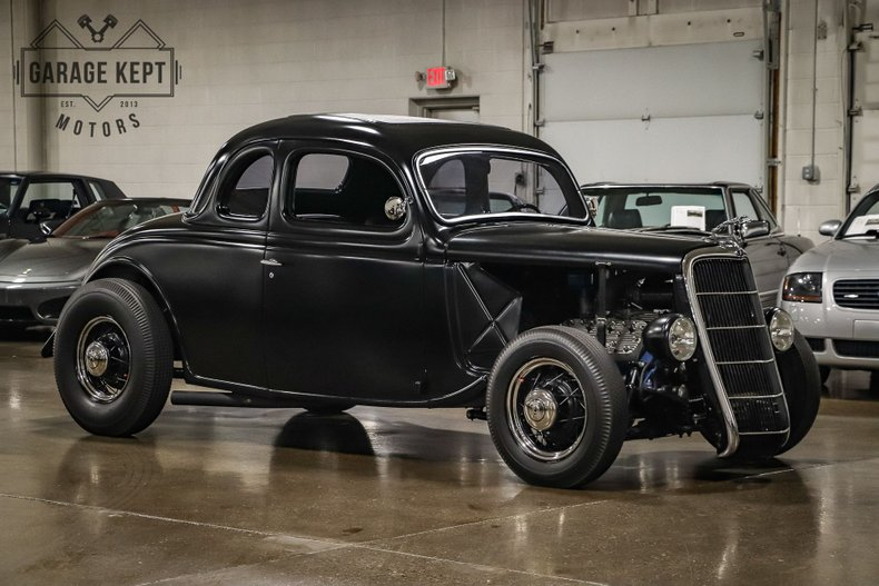 1935 Ford Business Coupe