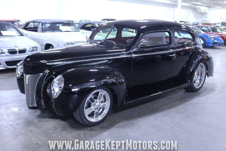 1940 Ford 2-Door Sedan 8