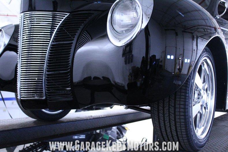 1940 Ford 2-Door Sedan 145