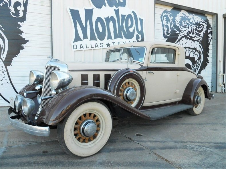 1933 Chrysler Royal