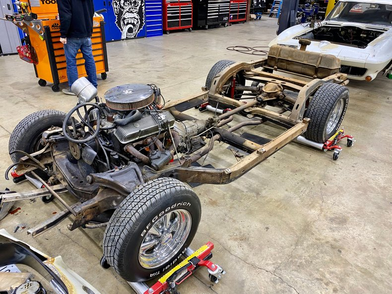 For Sale 1963 Chevrolet Corvette Rolling Chassis