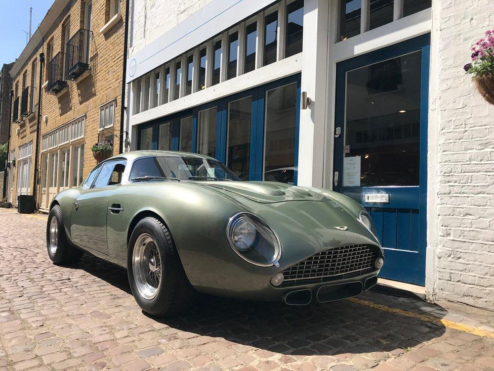 1960年 アストンマーチン DB4  GT ザガート スペック