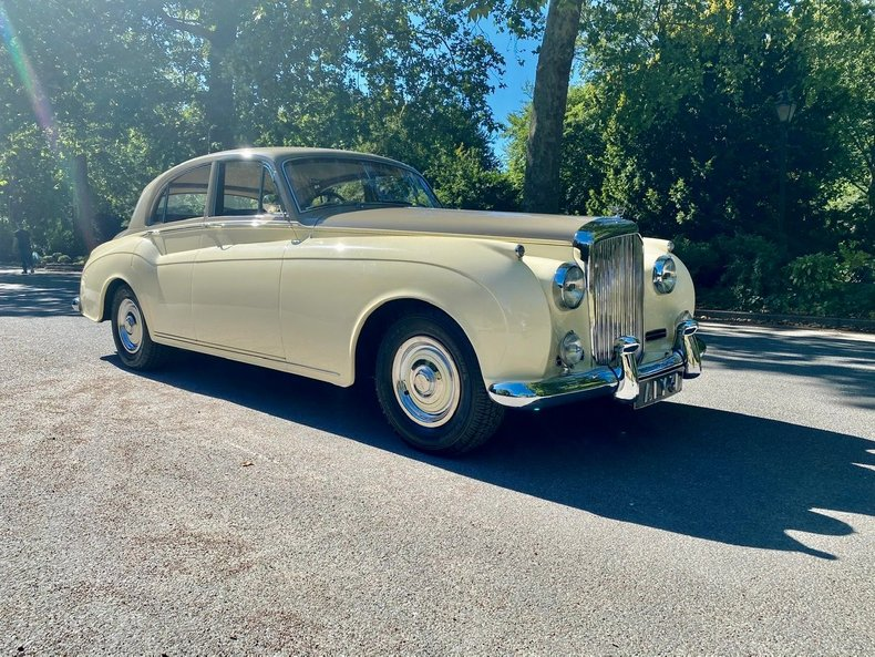 1958 Bentley  S1 4 door saloon by James Young