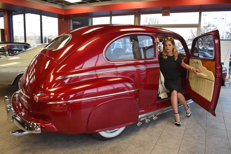 1946 Ford 2 door