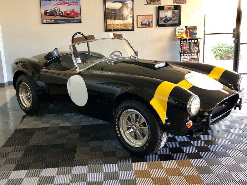 Cobra Superformance MKII 289 FIA