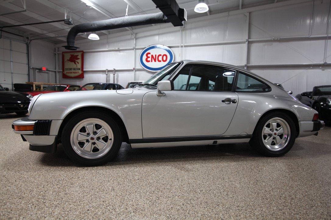 1988 porsche 911 carrera coupe
