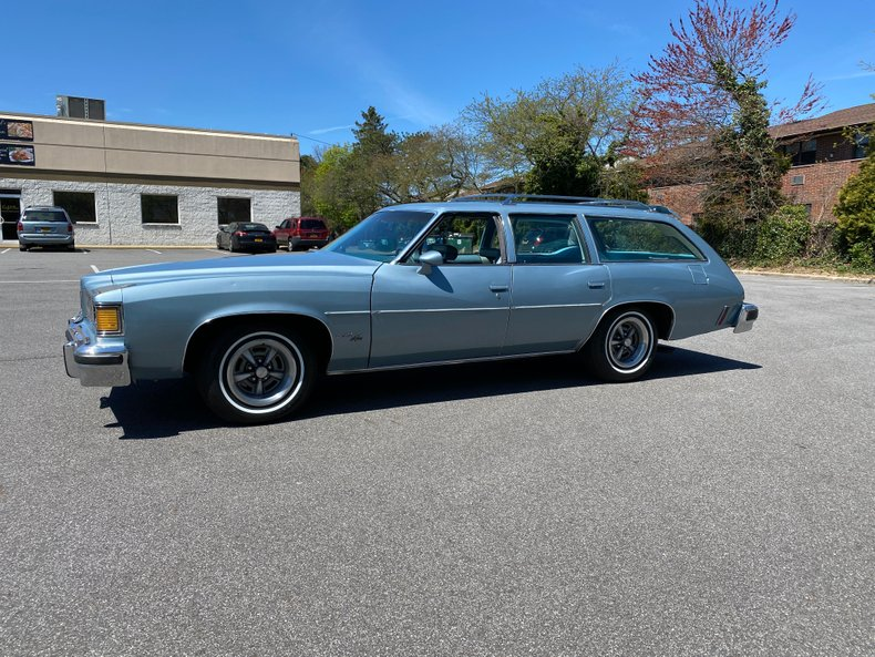 1977 Pontiac Lemans Safari Wagon