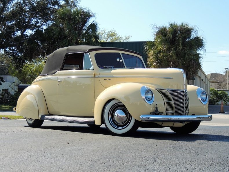 1940 FORD DELUXE CONV.