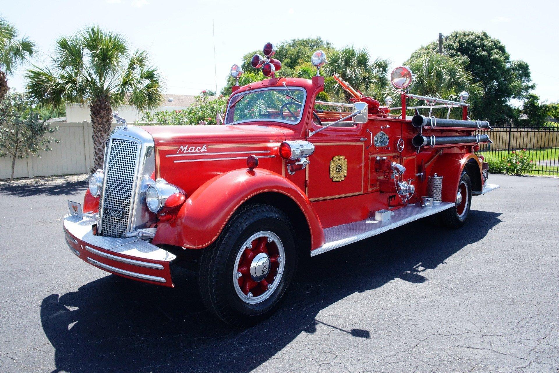 1943 Mack Model 505 Fire Truck | Ideal Classic Cars LLC
