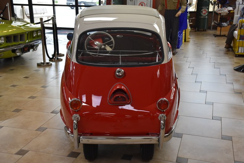 1957 BMW Isetta 8