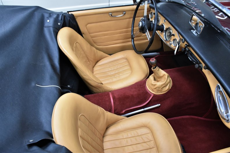 1963 Austin-Healey 3000 11