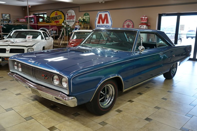 1967 Dodge Coronet 1
