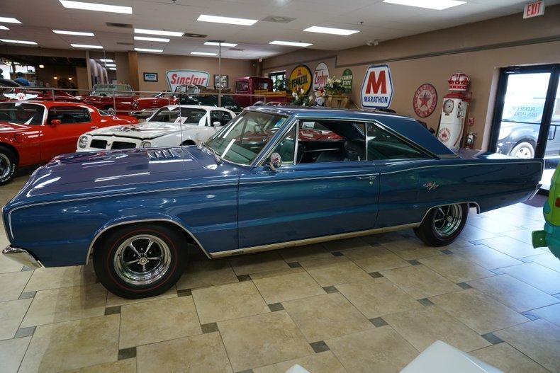 1967 Dodge Coronet 3