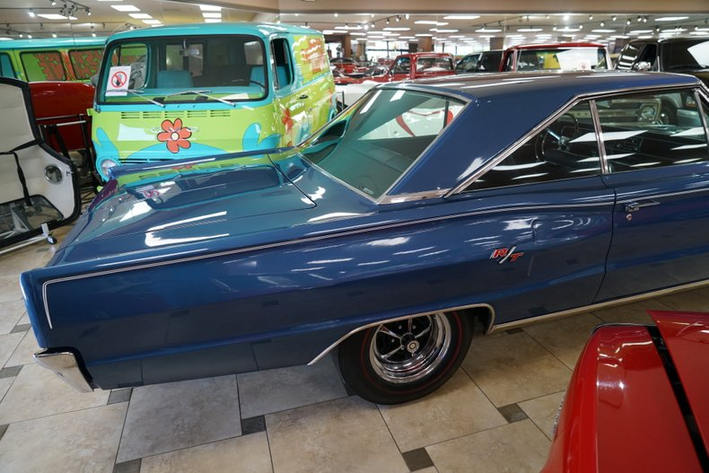 1967 Dodge Coronet 6