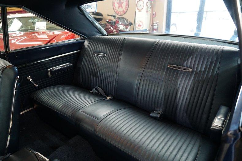 1967 Dodge Coronet 12