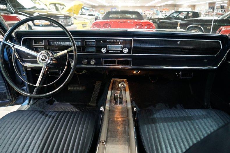 1967 Dodge Coronet 11