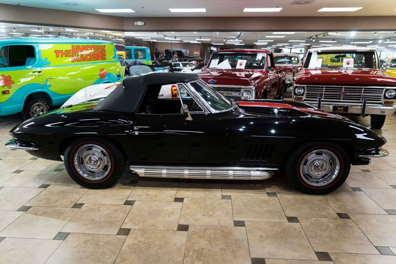 1967 chevrolet corvette l68 427 tri power