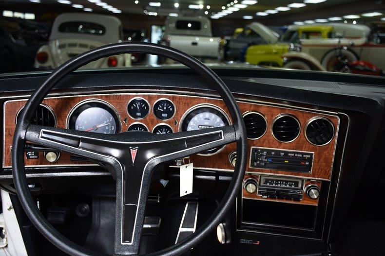 1974 pontiac grand prix model j