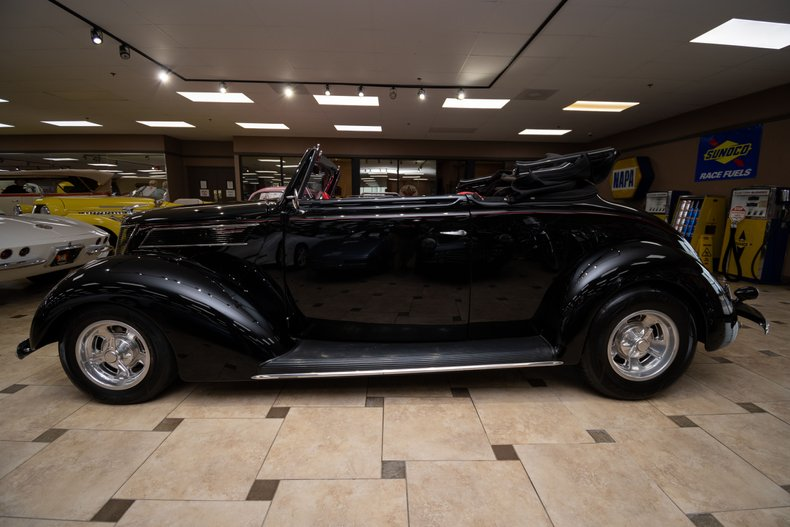 1937 ford cabriolet all steel body