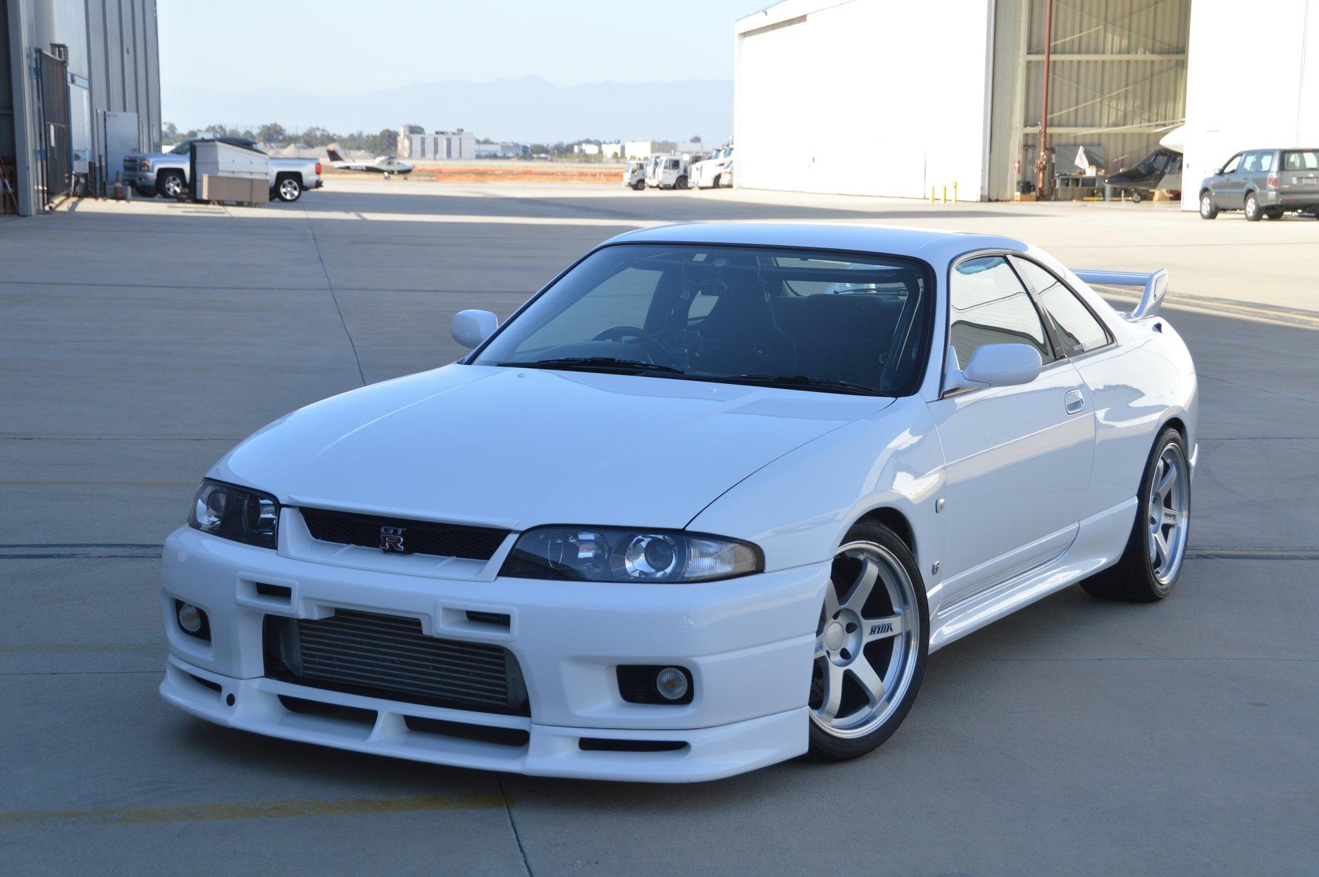 1995 Nissan Skyline Toprank Importers