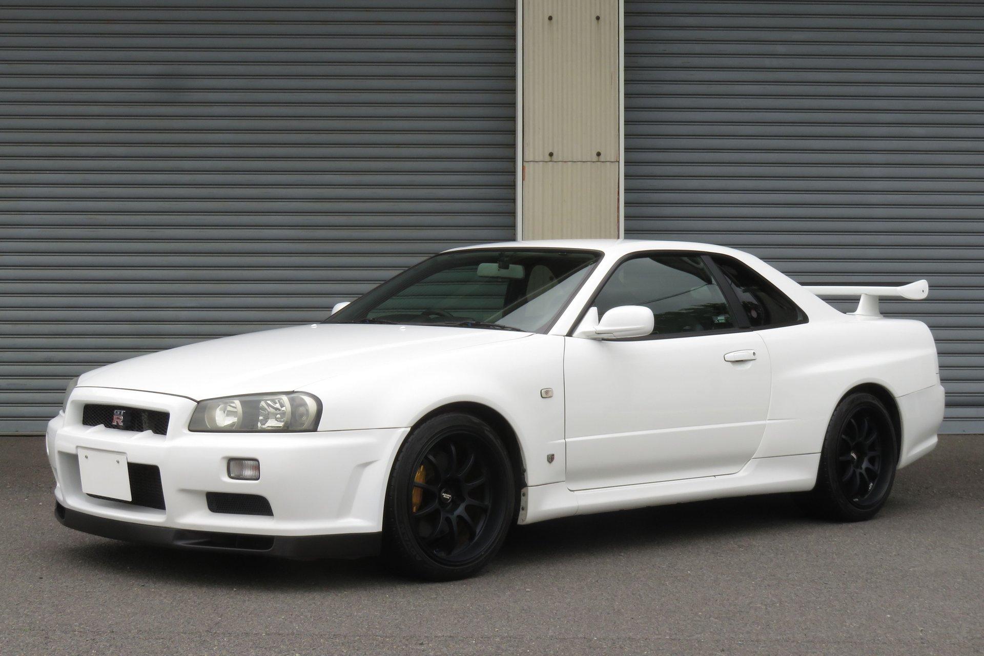 2000 Nissan Skyline GT-R