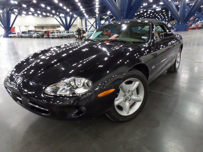1999 Jaguar XKE