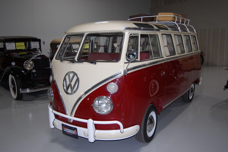 1966 volkswagen transporter bus