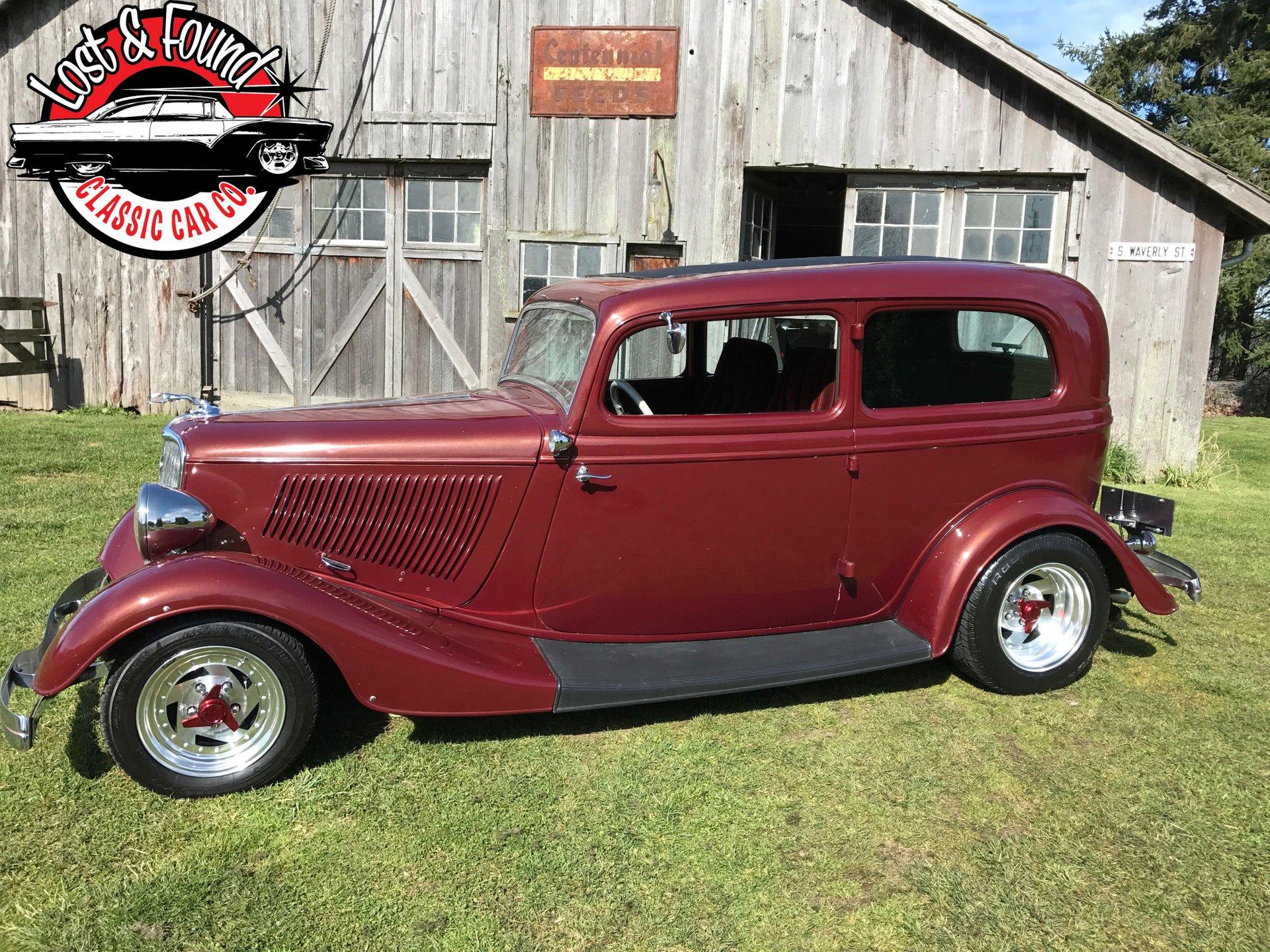 1933 henry ford 2 door sedan