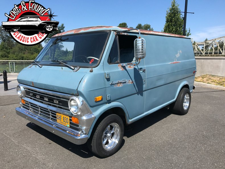 1972 Ford E 100 Shorty van