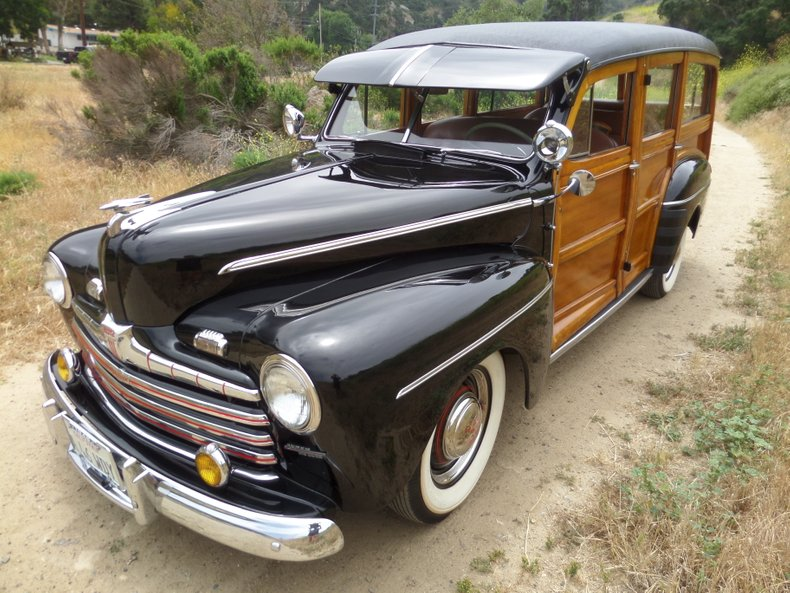 1946 Ford Deluxe Woody Station Wago