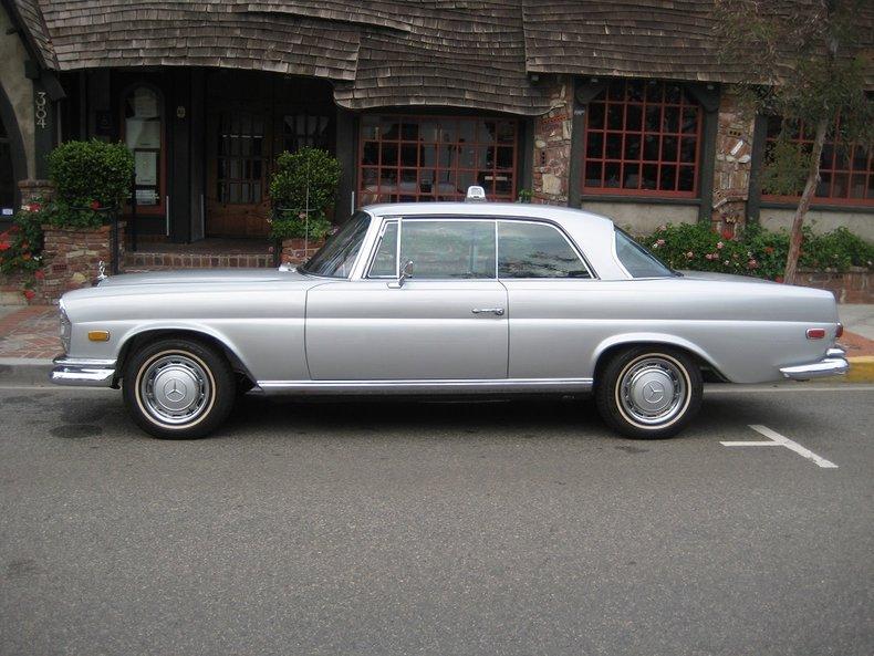 1969 Mercedes-Benz 280SE 8