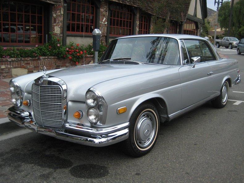 1969 Mercedes-Benz 280SE 2