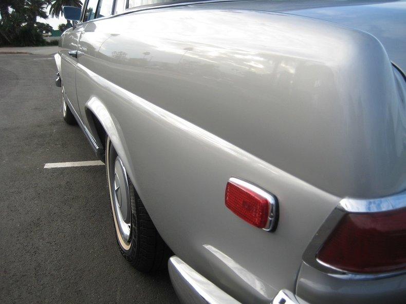 1969 Mercedes-Benz 280SE 13