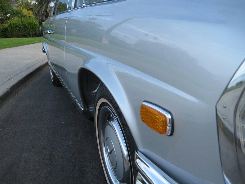 1969 Mercedes-Benz 280SE 25