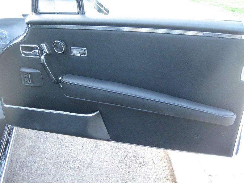 1969 Mercedes-Benz 280SE 29