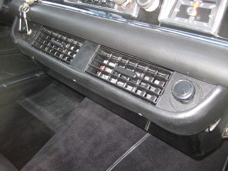 1969 Mercedes-Benz 280SE 31