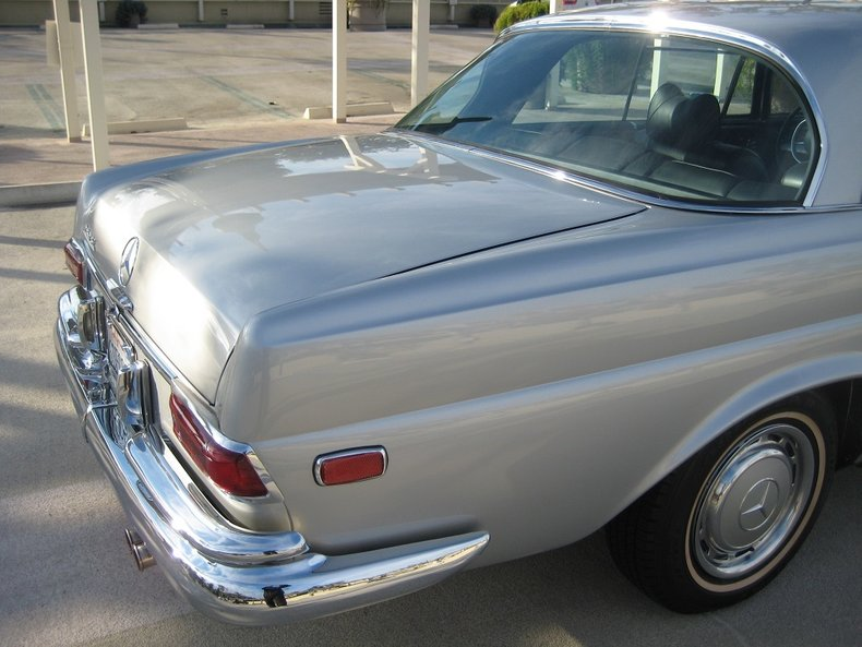 1969 Mercedes-Benz 280SE 41