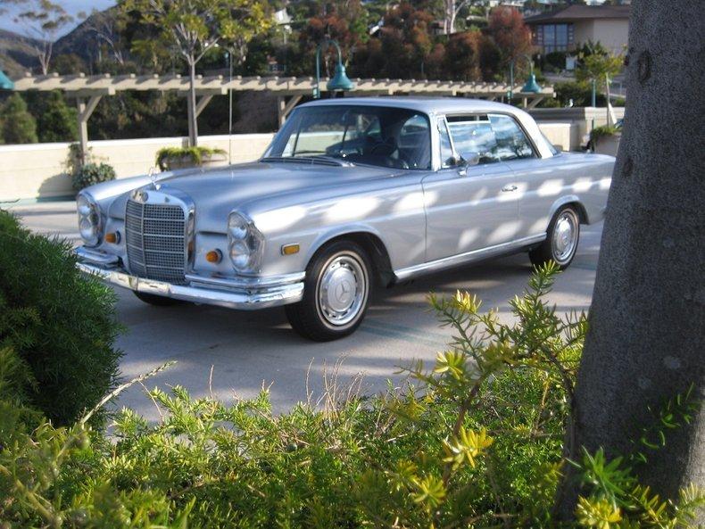 1969 Mercedes-Benz 280SE 45