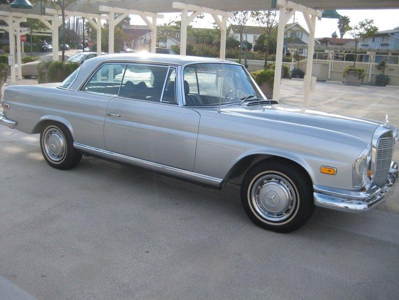 1969 Mercedes-Benz 280SE 49