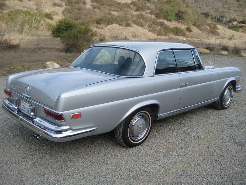1969 Mercedes-Benz 280SE 63