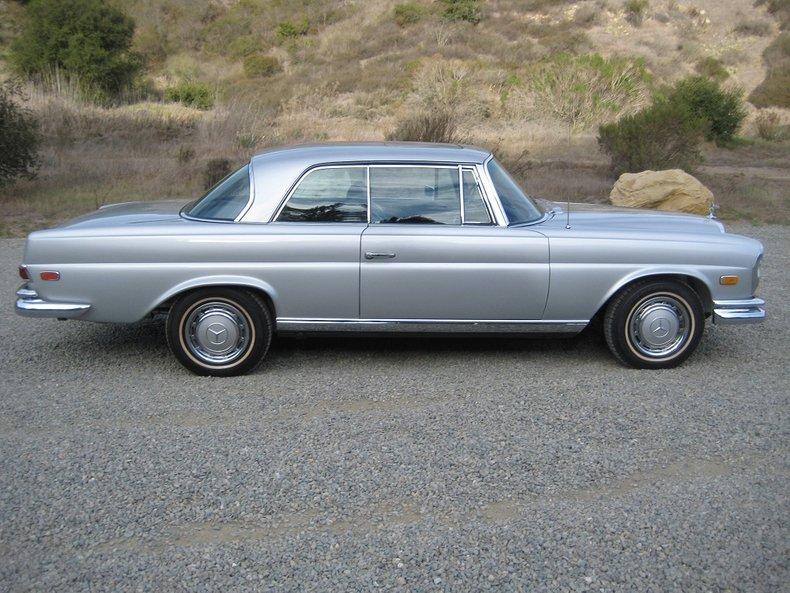 1969 Mercedes-Benz 280SE 62