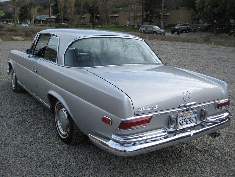 1969 Mercedes-Benz 280SE 65