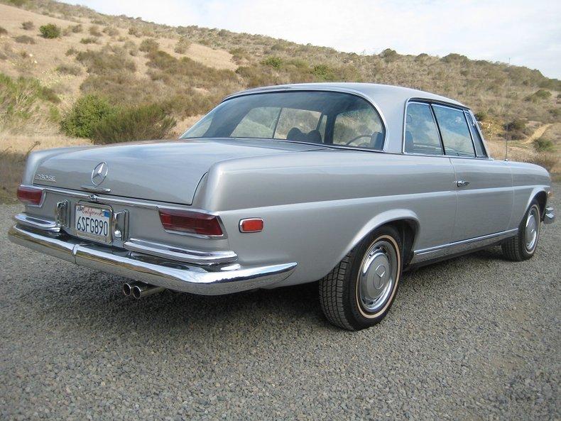 1969 Mercedes-Benz 280SE 72