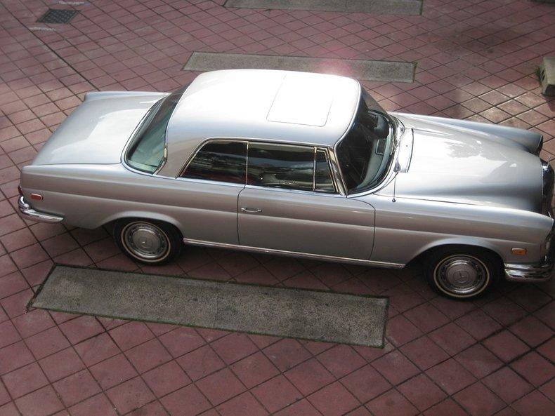 1969 Mercedes-Benz 280SE 77