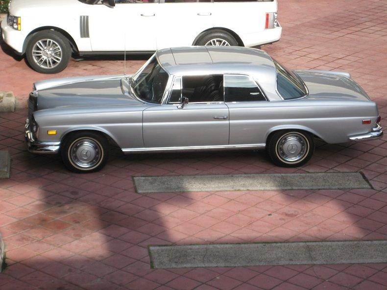 1969 Mercedes-Benz 280SE 82