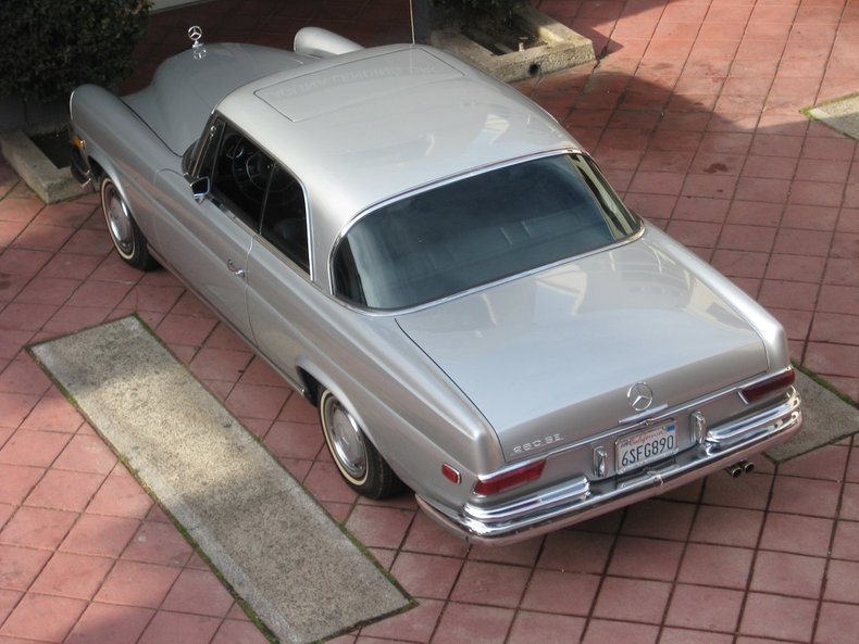 1969 Mercedes-Benz 280SE 79