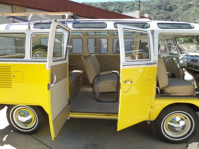 1966 Volkswagen Type 2 22