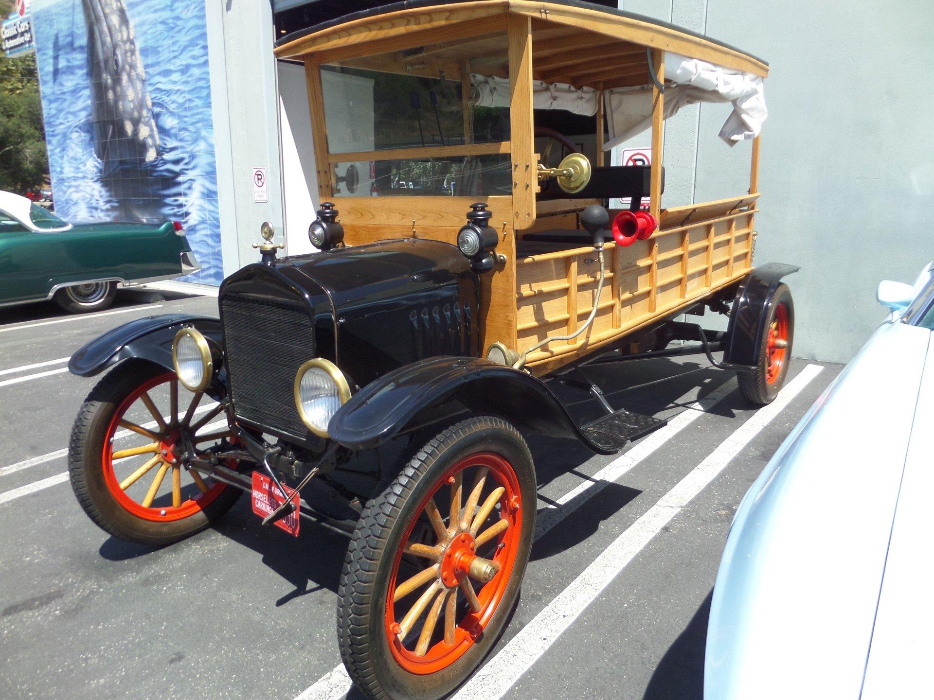 1915 ford model t utility wagon