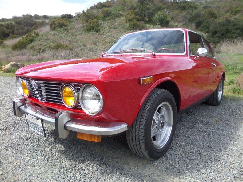 1973 Alfa Romeo GTV 4